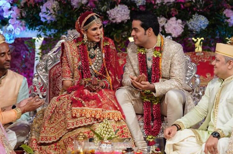 Akash Ambani's First Wedding Anniversary