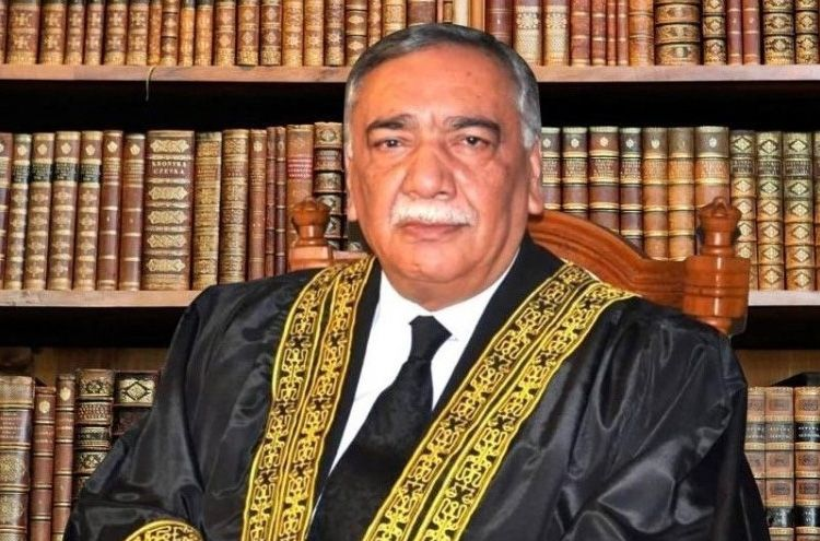 Army Chief General Qamar Javed Bajwa hearing case in Supreme Court against extension