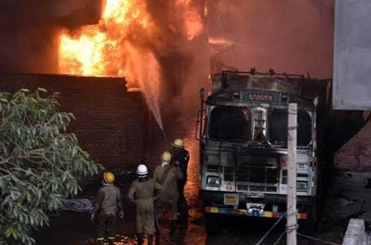 A factory fire in the Indian capital kills 43 injuring several