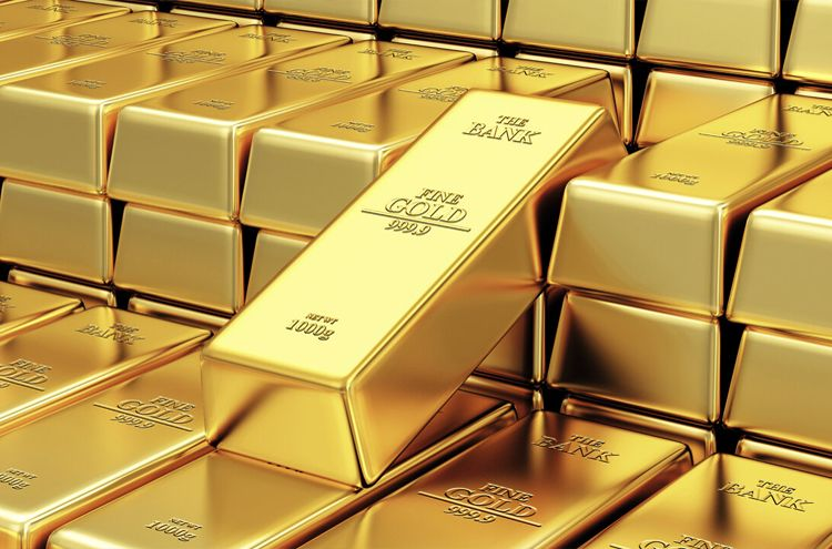 Gold became expensive at Rs 2600 per tola
